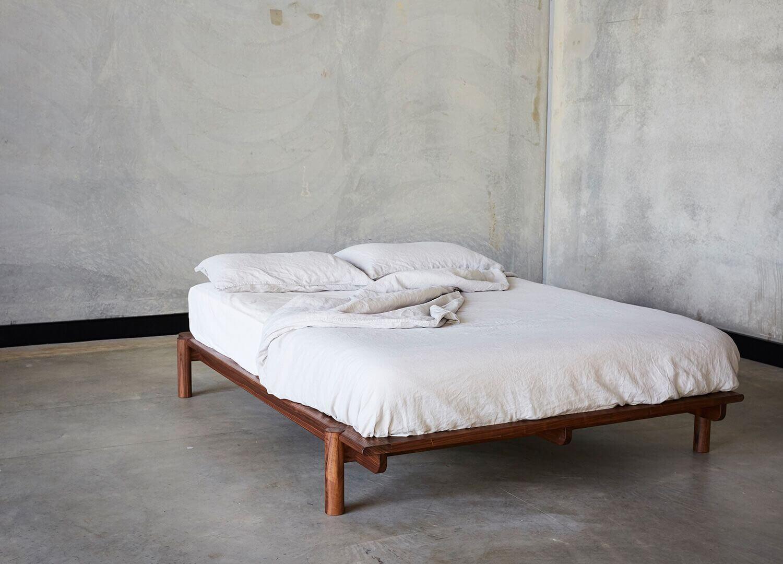 Est Living Design Directory Mast Title Bed 01 1
