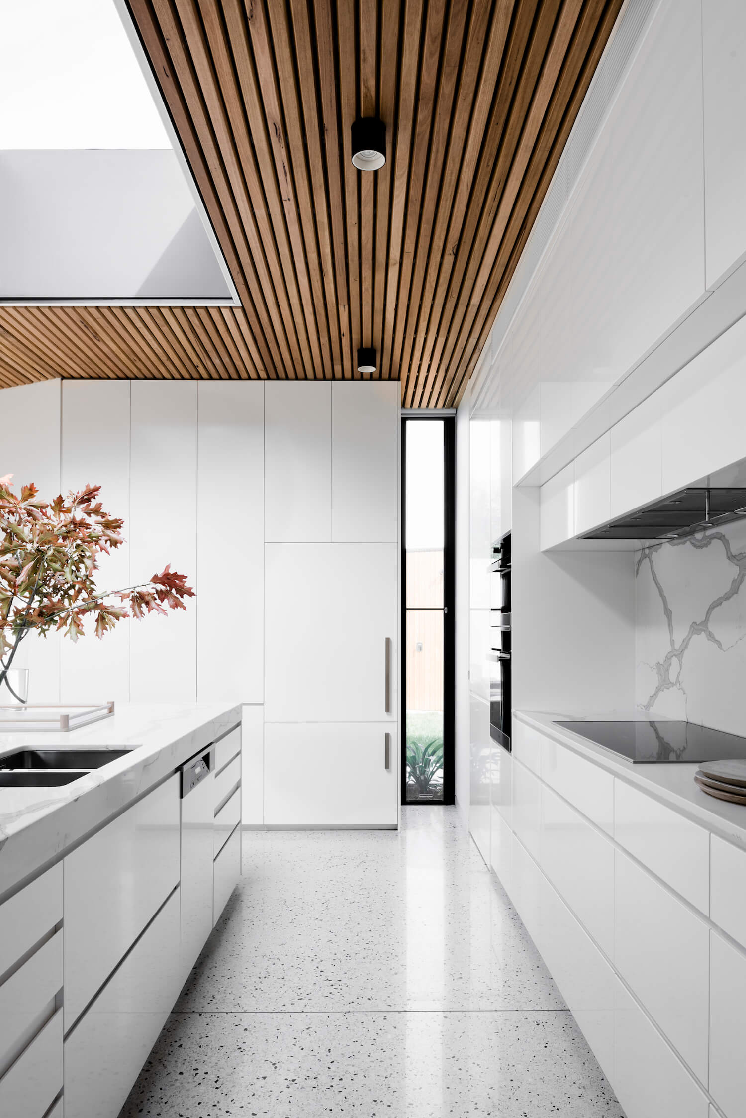 est living interiors figr architecture courtyard house 8