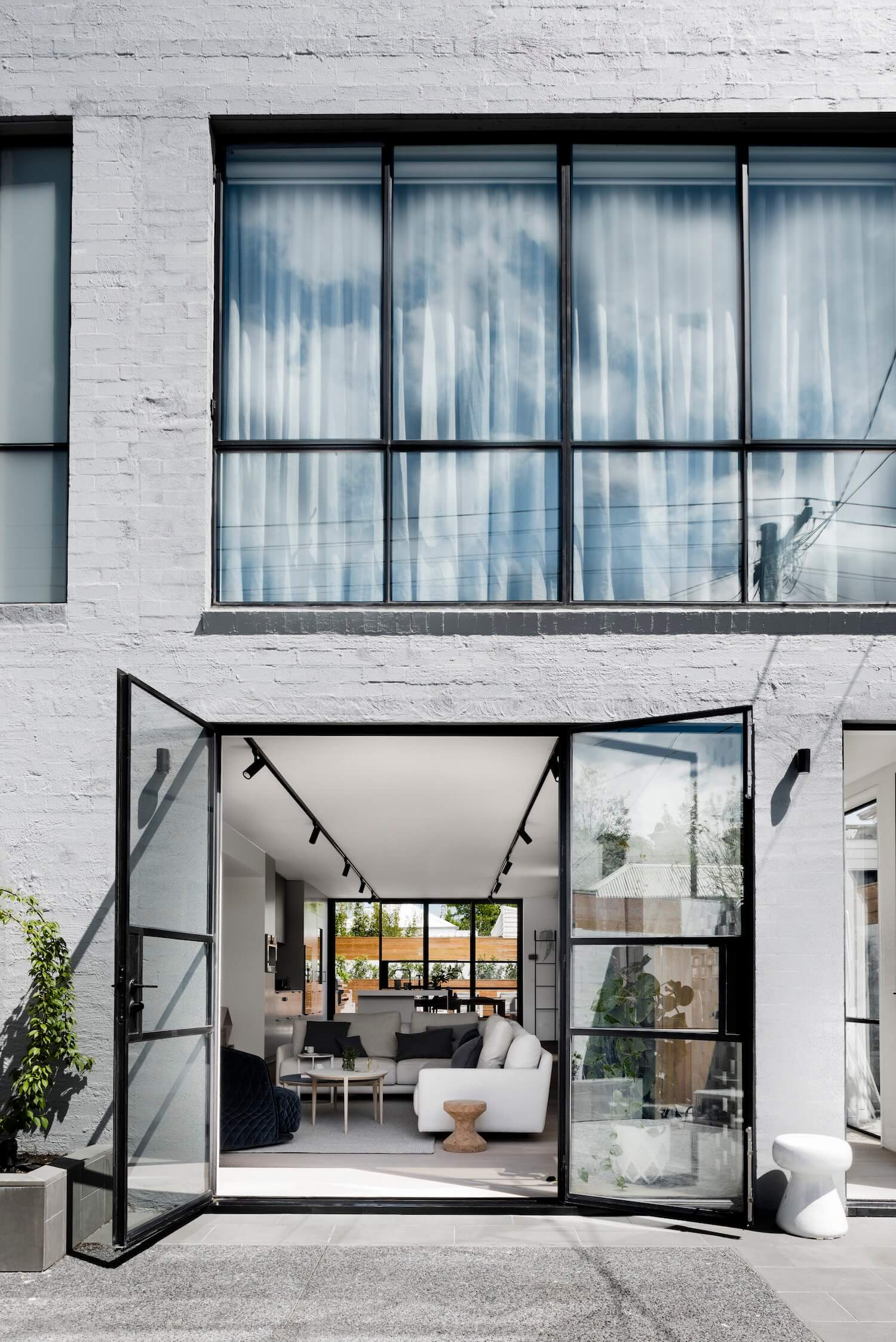 est living interiors techne architects bell st residence 16