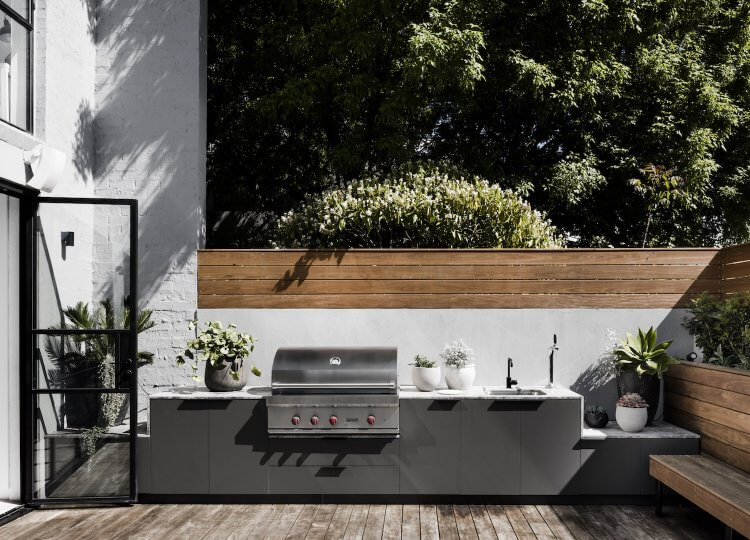 Design Covet | Outdoor Kitchens
