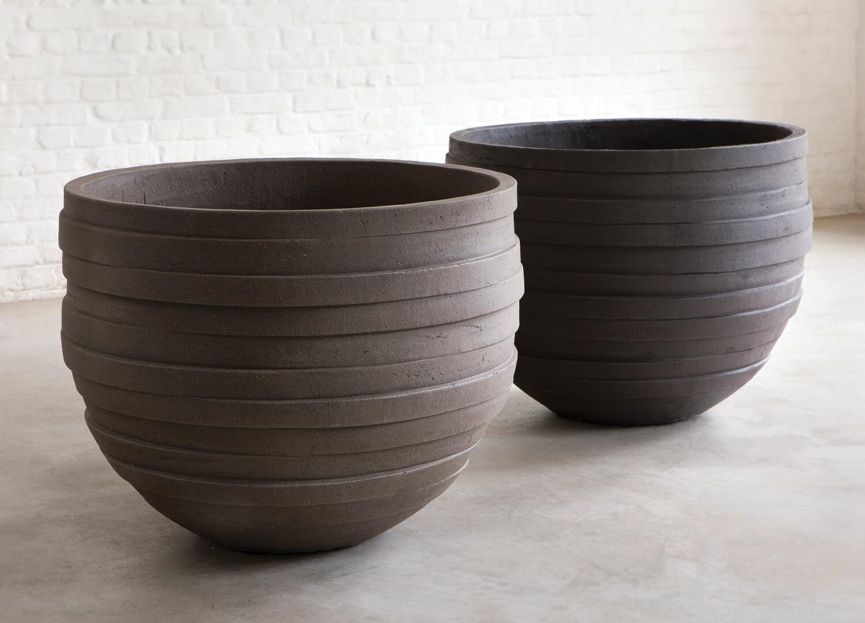 Est Living Design Directory Cosh Atelier Vierkant UF Pot 1
