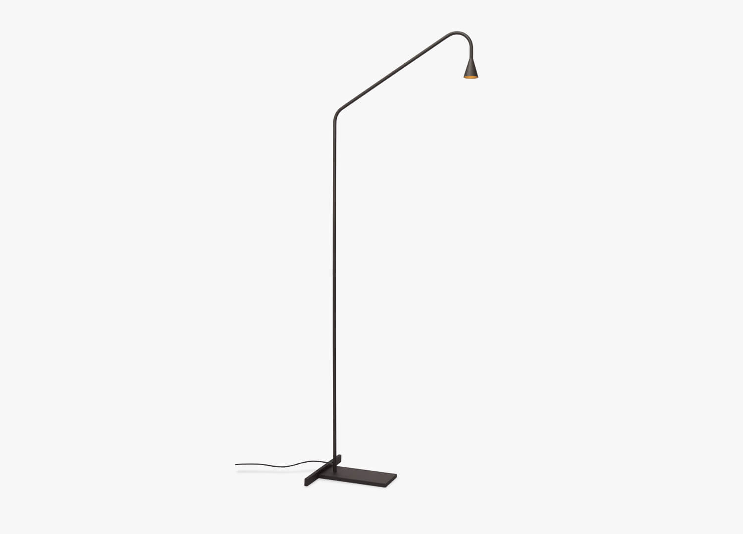 Est Living Design Directory Great Dane Austere Floor Light 2