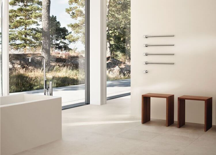 T39 Heated Towel Rail Vola