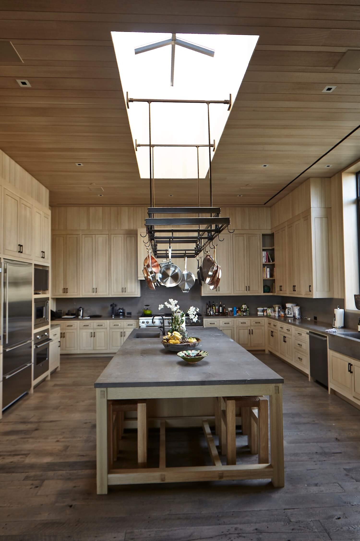 est living interiors denise kuriger design malibu house 7