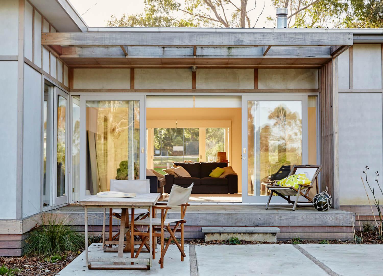 shoreham beach shack sally draper architect est living 08