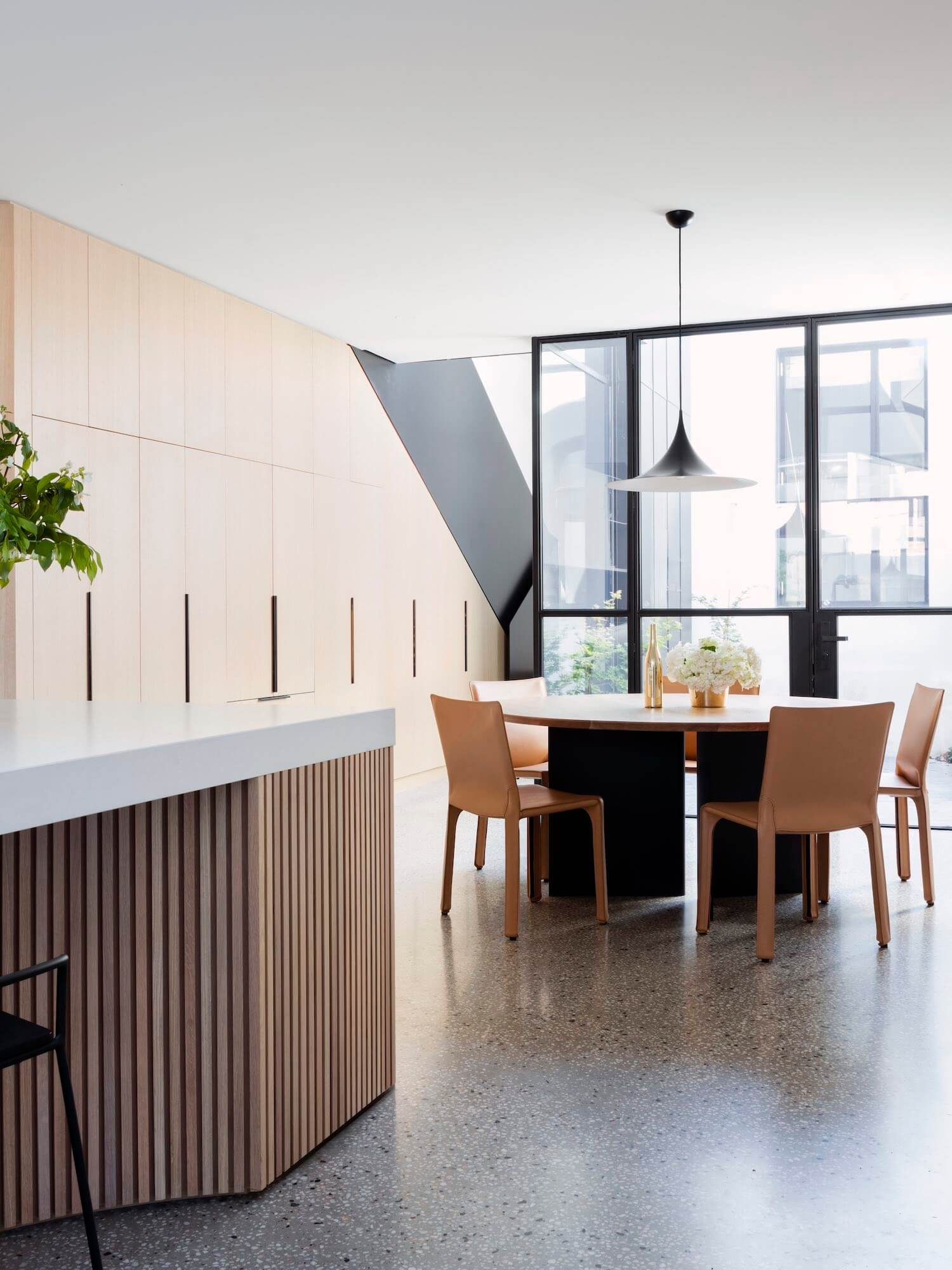 Est living port melbourne house pandolfini architects 12