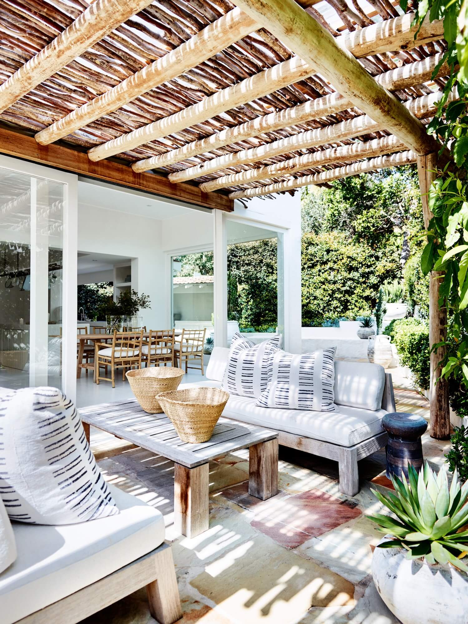 est living bellevue hill house cm studio 6