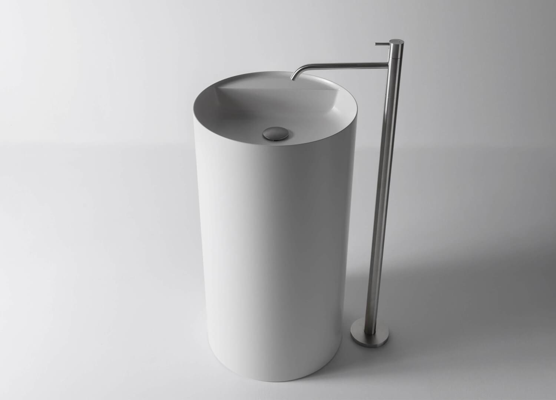 Est Living Design Directory AntonioLupi Simplo Freestanding Sink 1