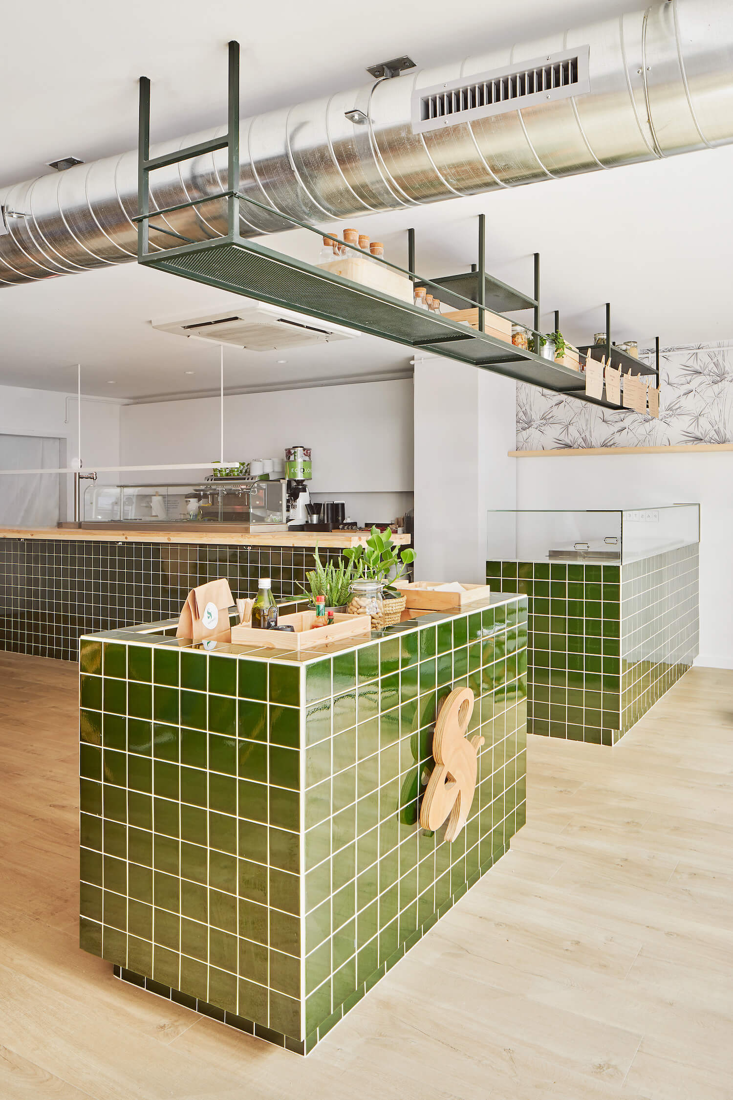est living global interiors verd and go scala studio 2