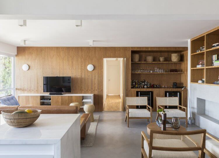 Portugal Apartment by GDL Arquitetura