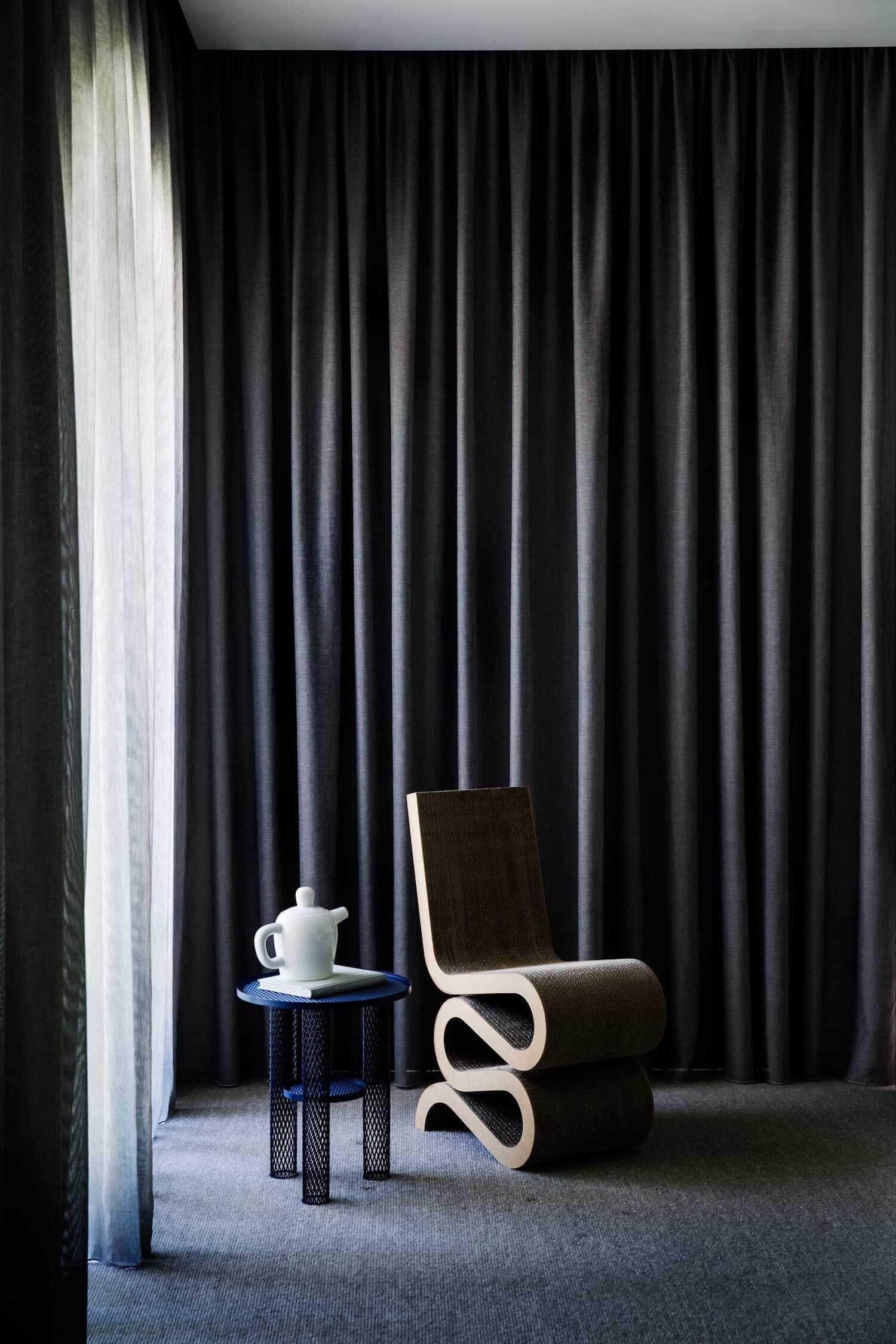 est living rogerseller australian interiors adele bates design toorak home 3