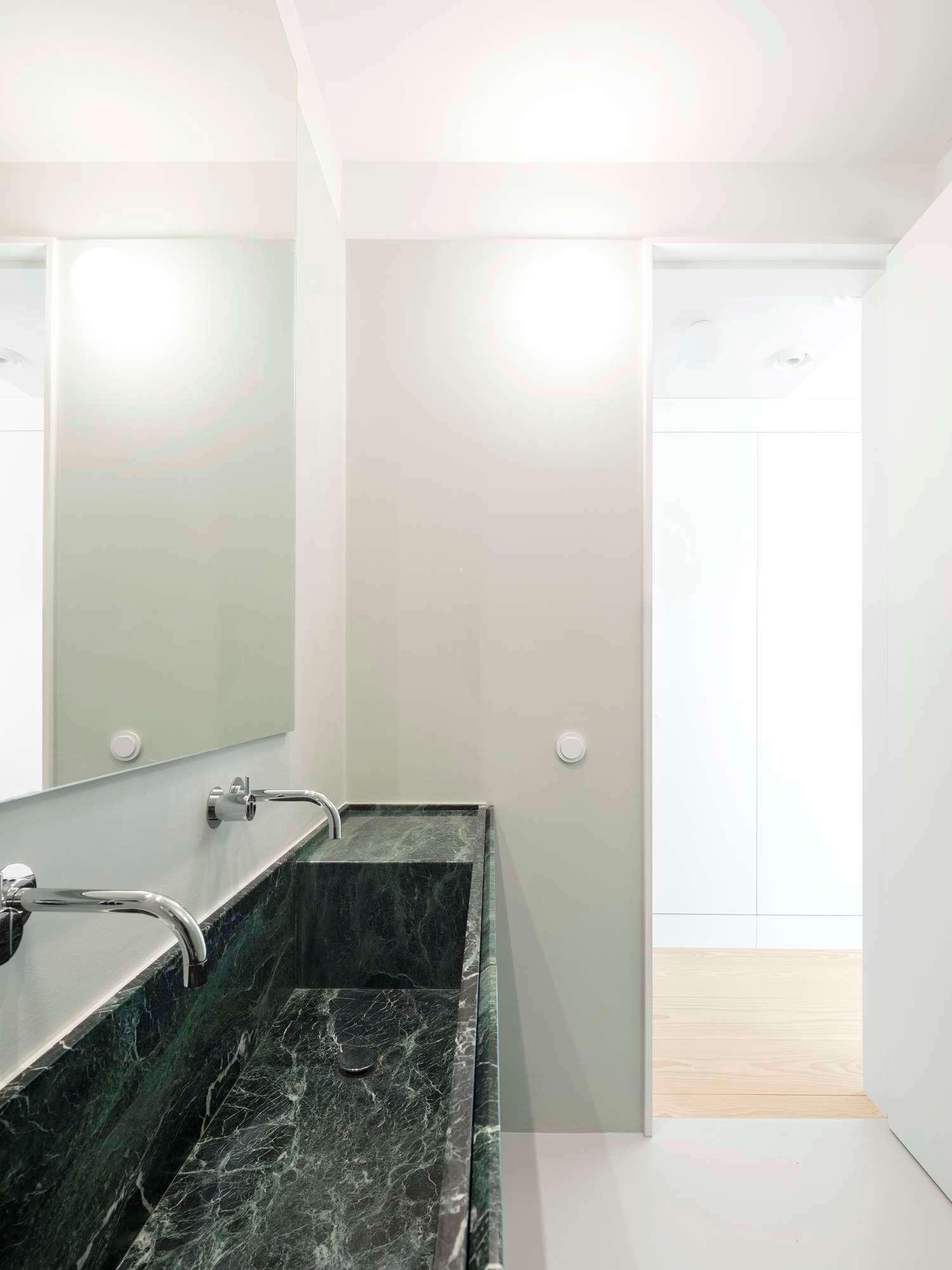 est living Apartment AMC rar studio 14