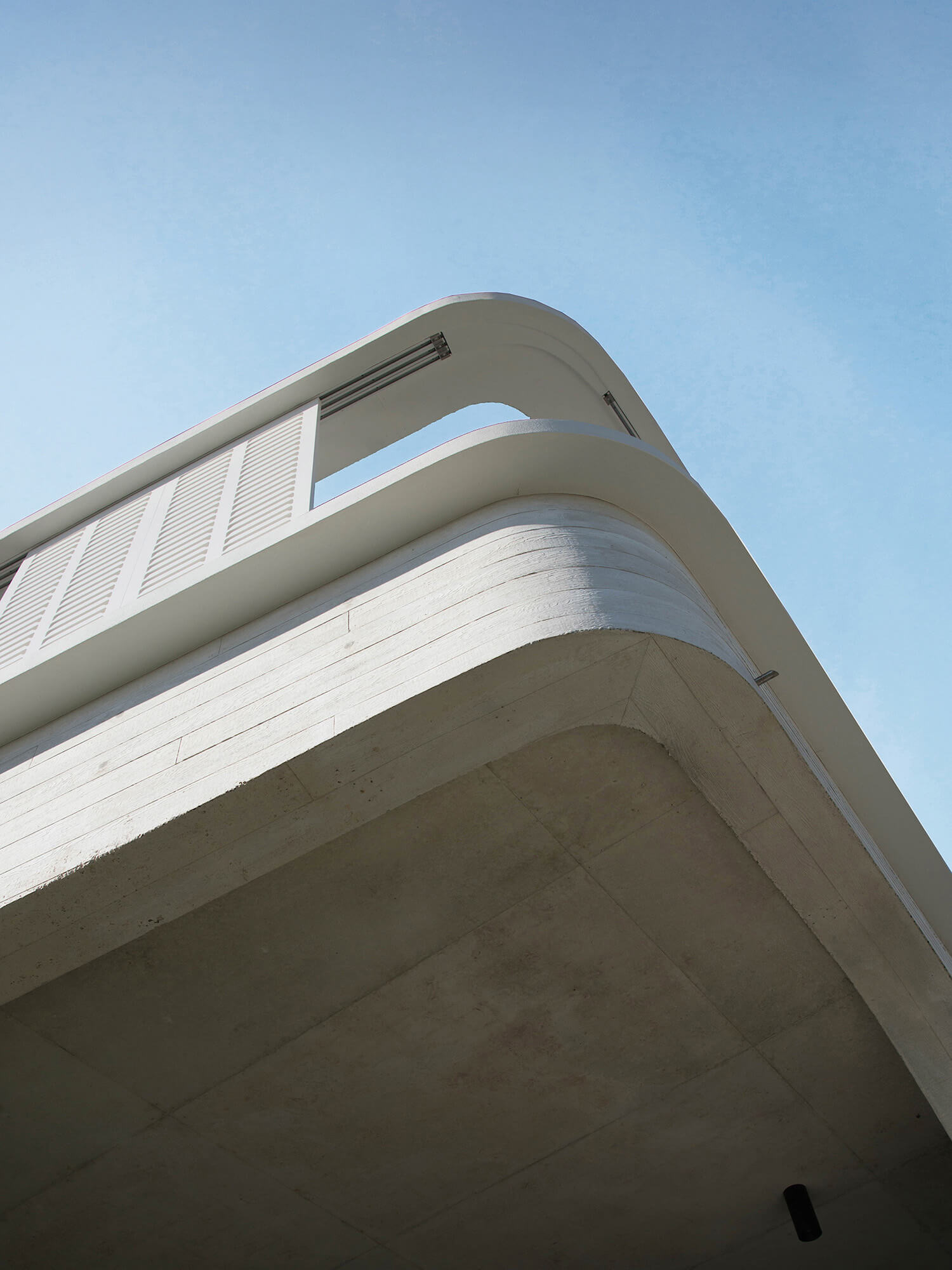 est living luigi rosselli architects tamas tee house 2
