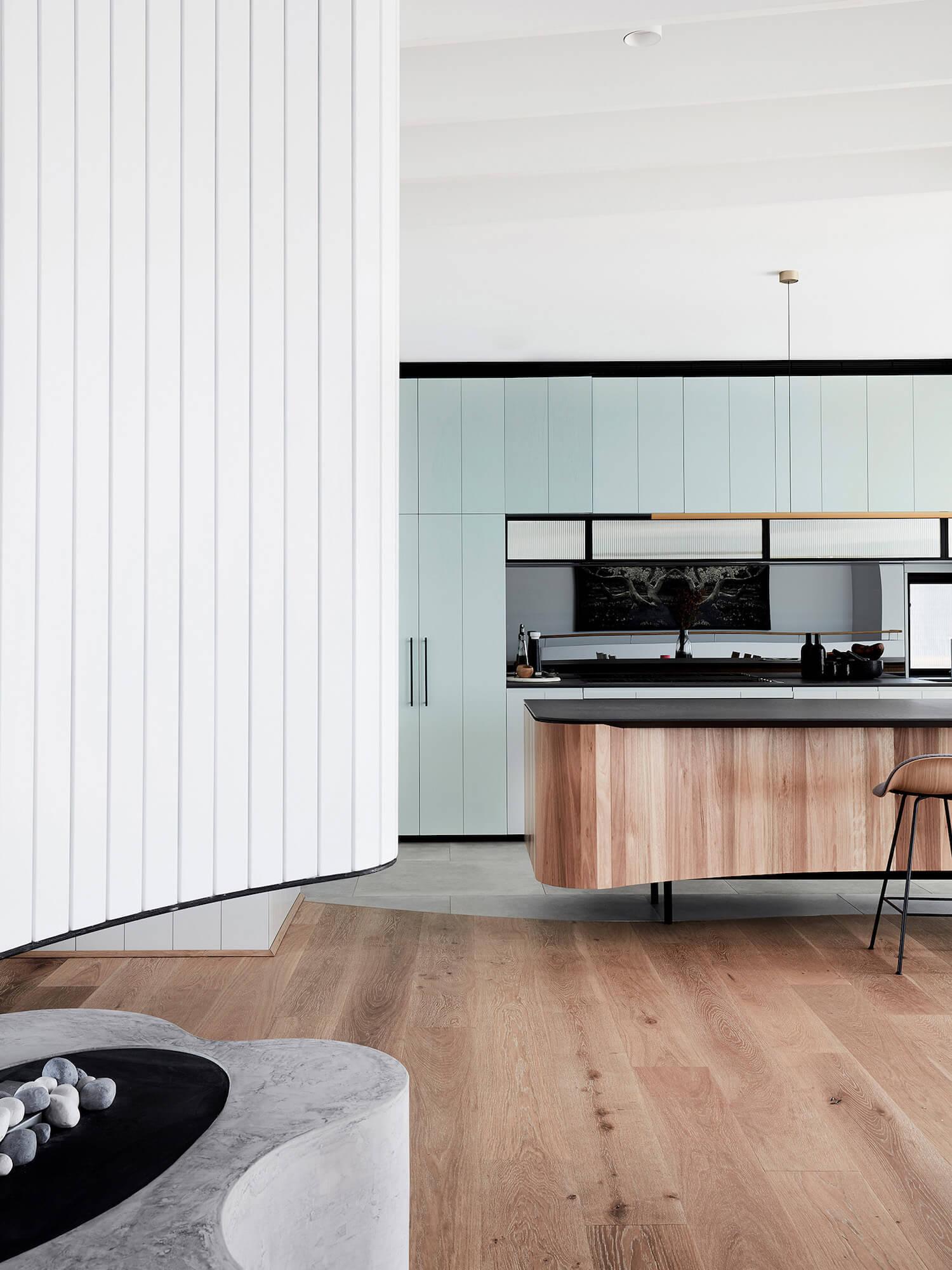 Tam S Tee House By Luigi Rosselli Australian Interiors