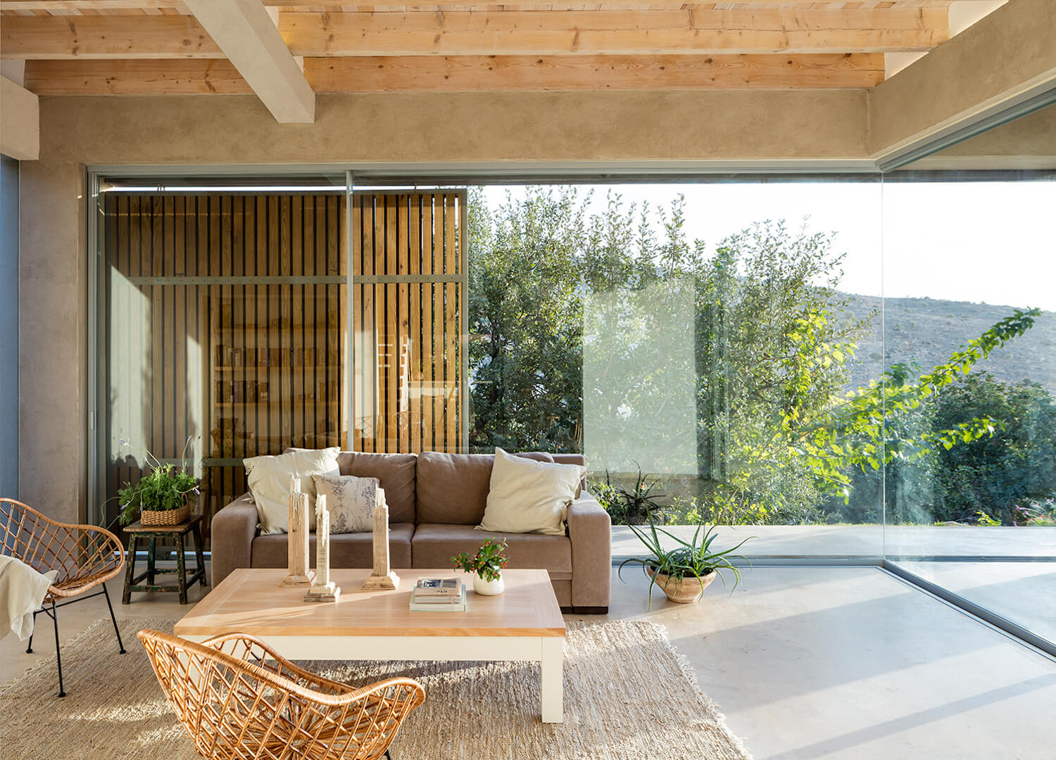 est living global interiors 03 Golany Architects Residence in the Galilee Amit Geron