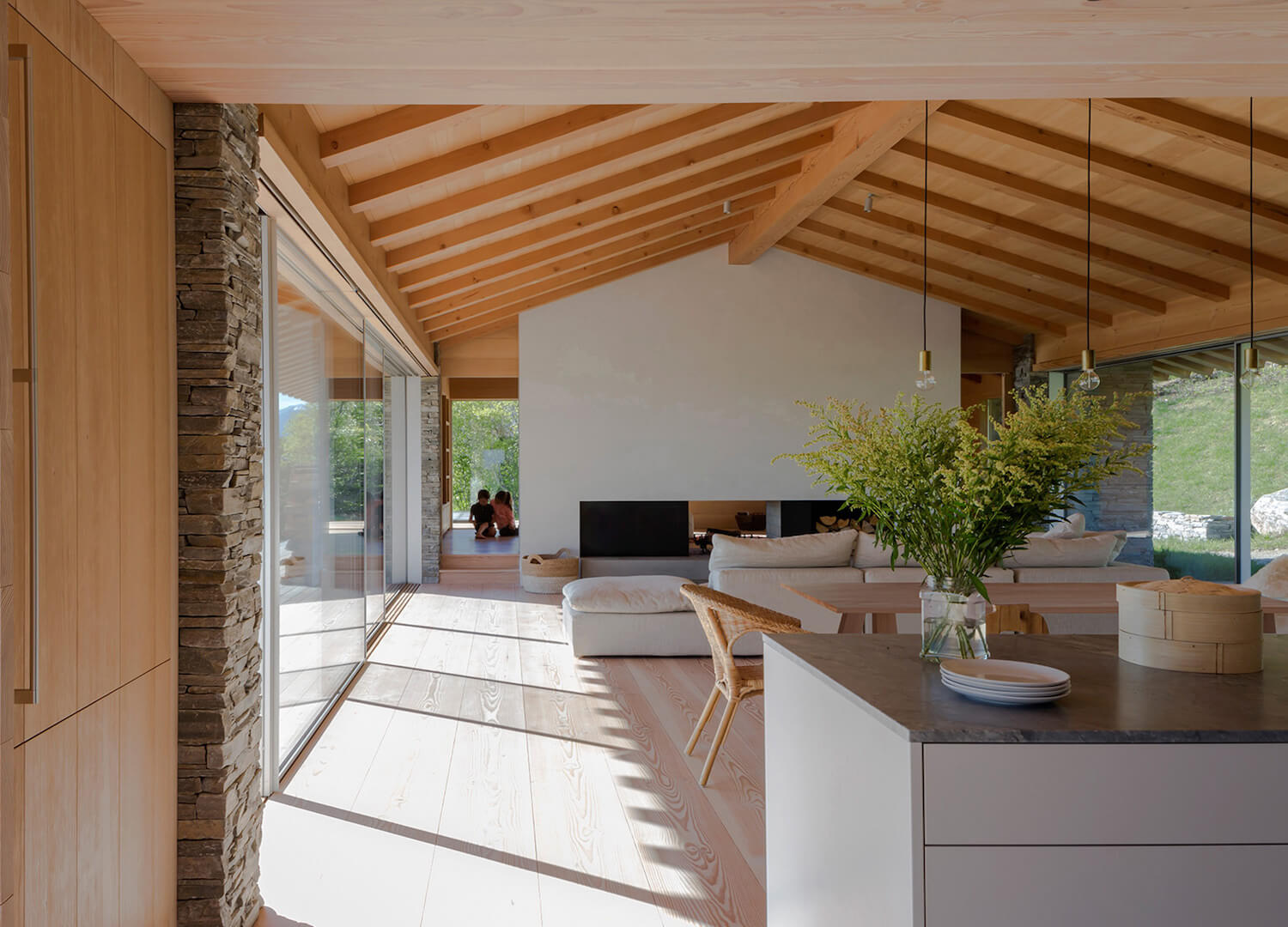 est living issue 29 wyoming home mclean quinlan 3