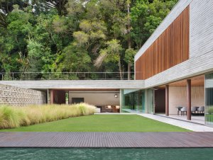 PA House by Studio Guilherme Torres