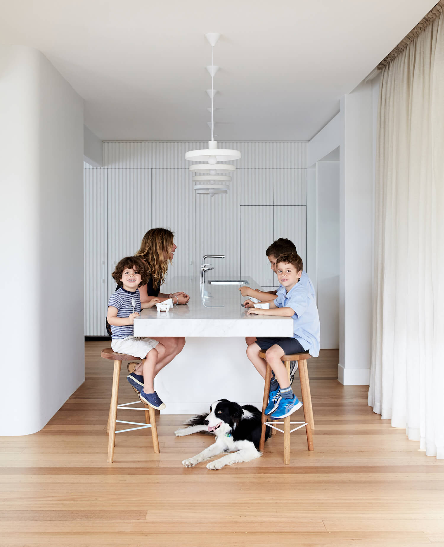 est living australian interiors Architecture Design Holroyd 08 kitchen2
