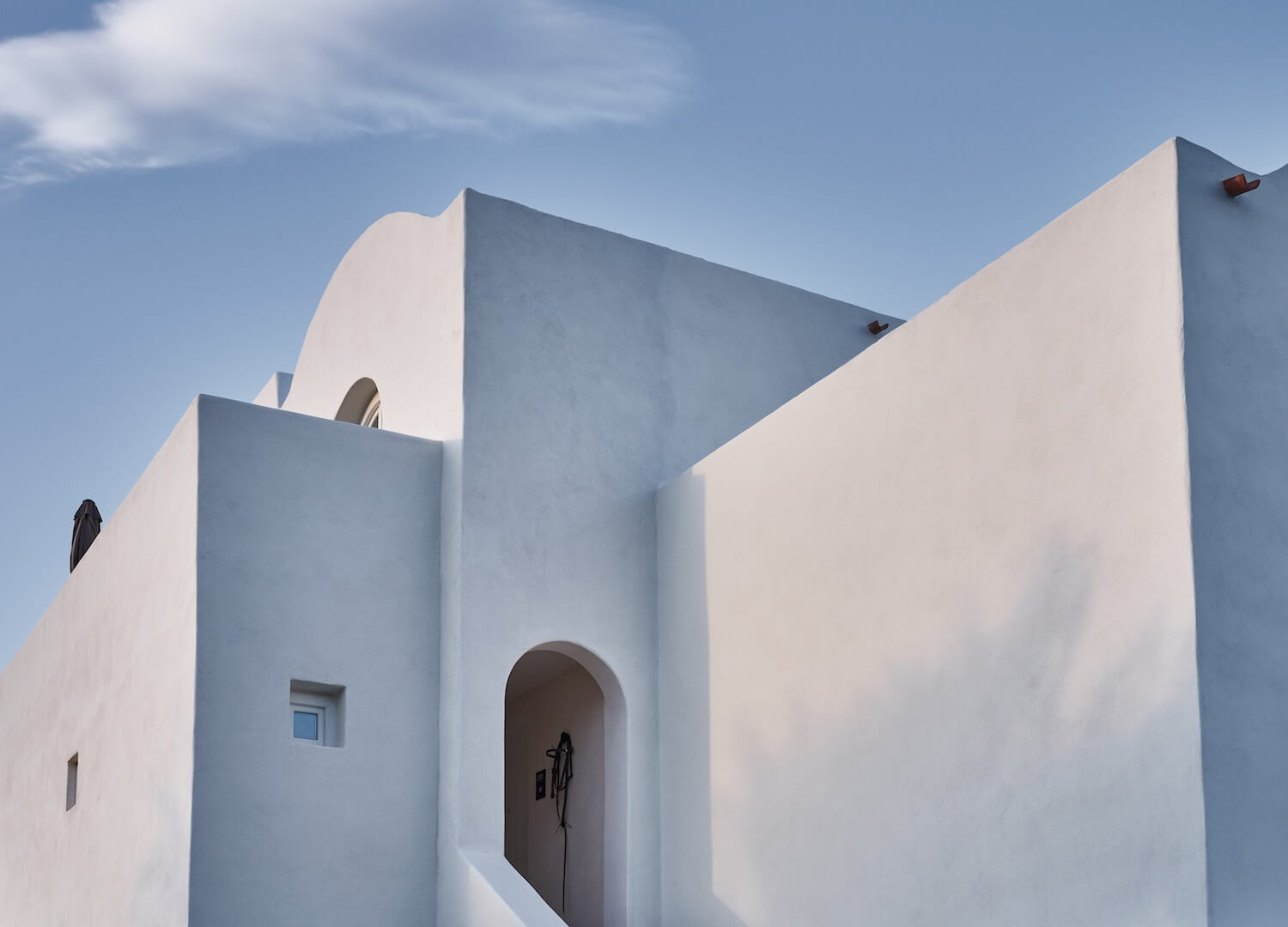 est living travel istoria santorini 3