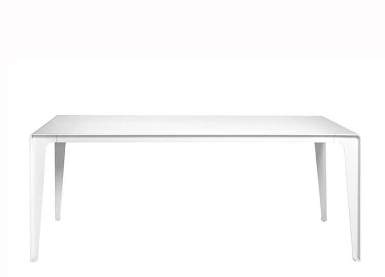 Tribu Mirthe Table