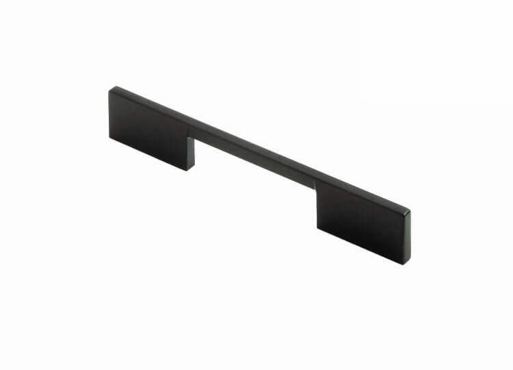 Vouge Handle by Linear Standard