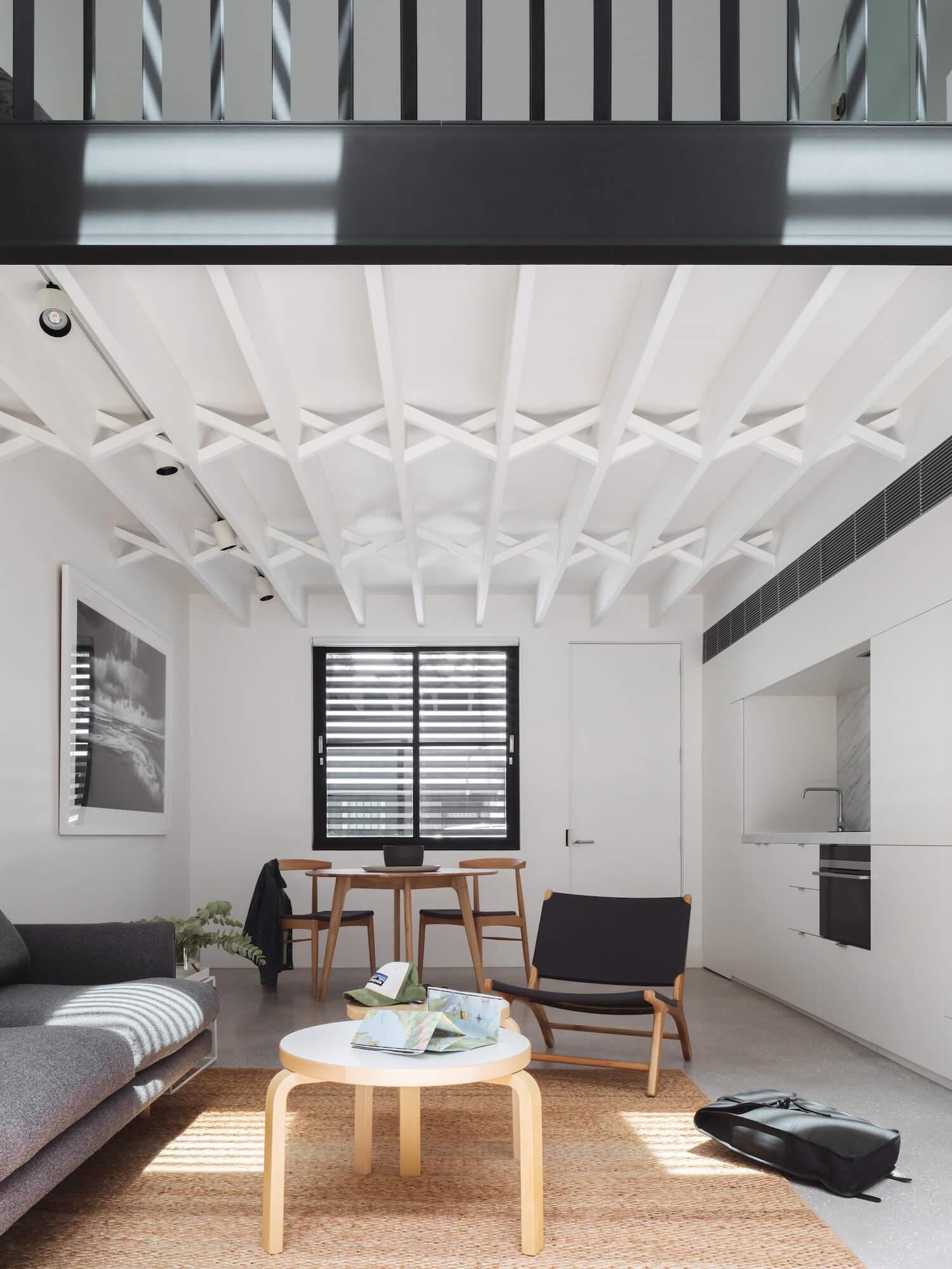 est living brad swartz loft house 4