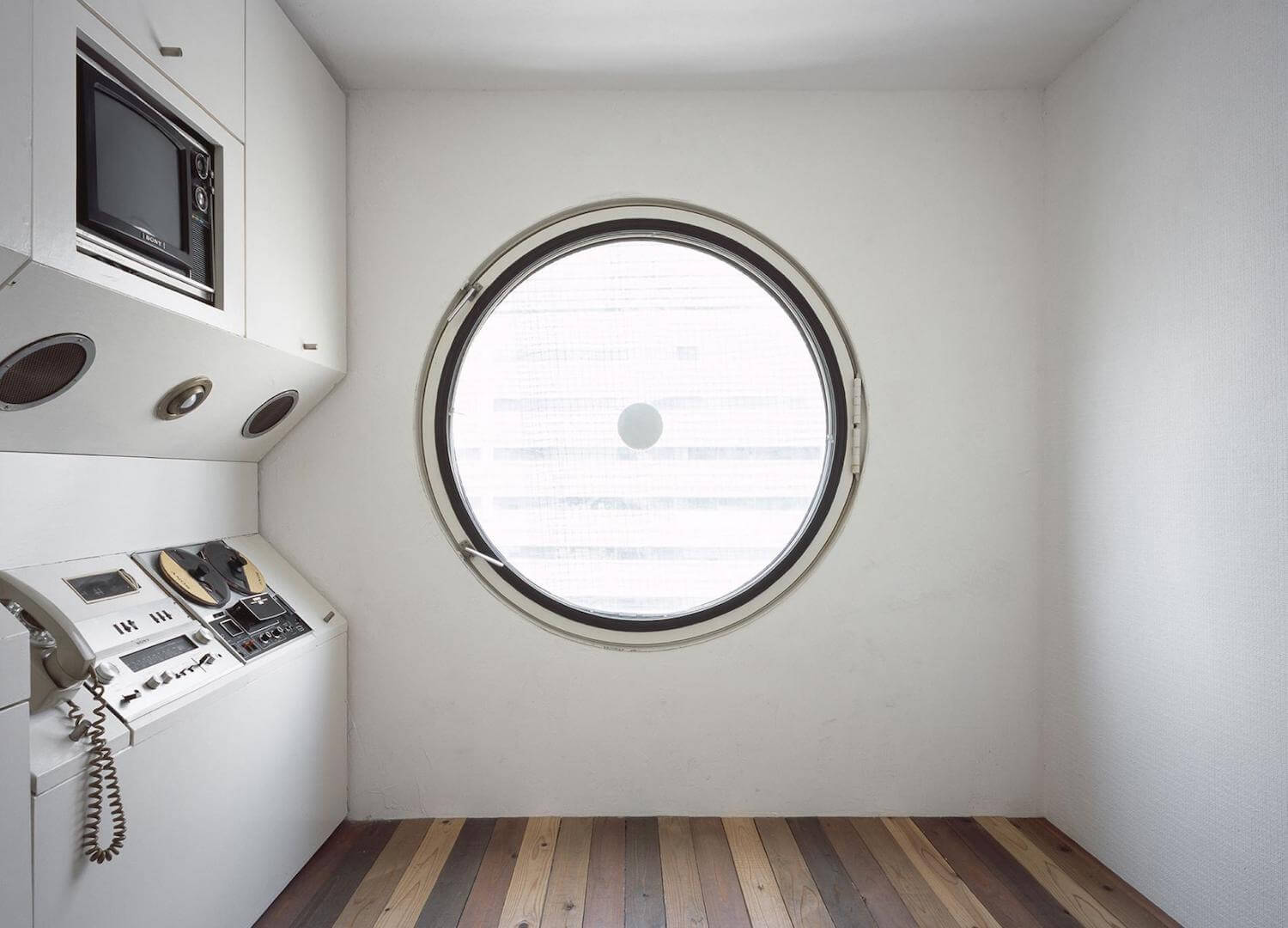 est living a japanese story travis walton Nakagin Capsule Tower Tokyo 1