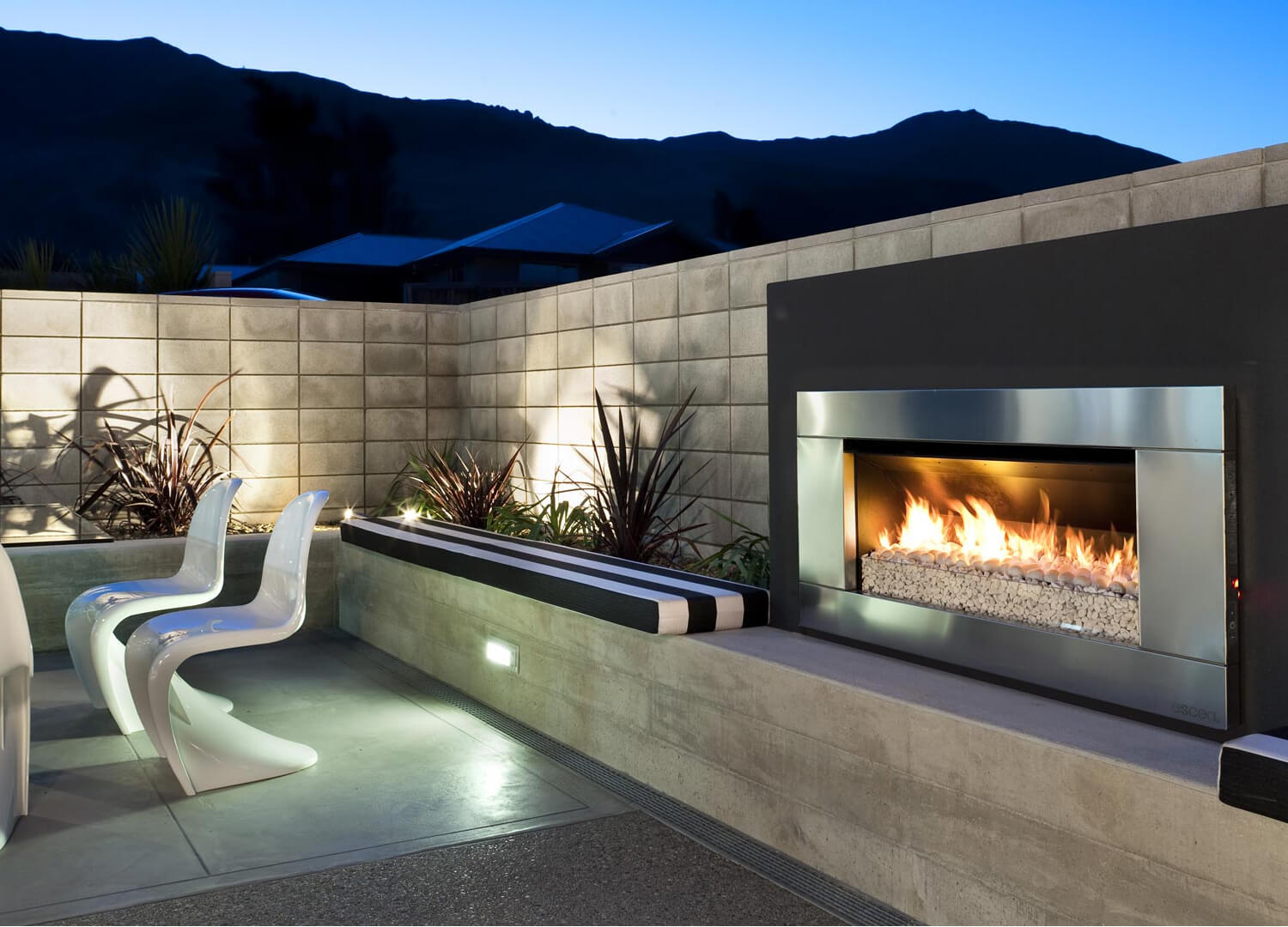 Escea Ef5000 Outdoor Gas Fireplace For