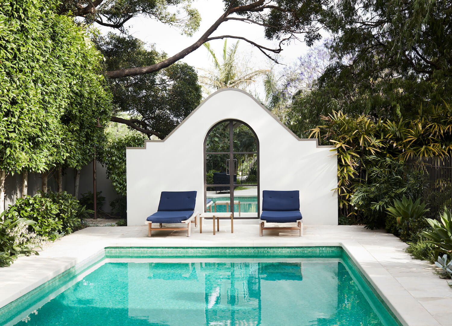 Outdoor Living 1 | The Home of Camilla Freeman-Topper by Alwill Interiors and LRA