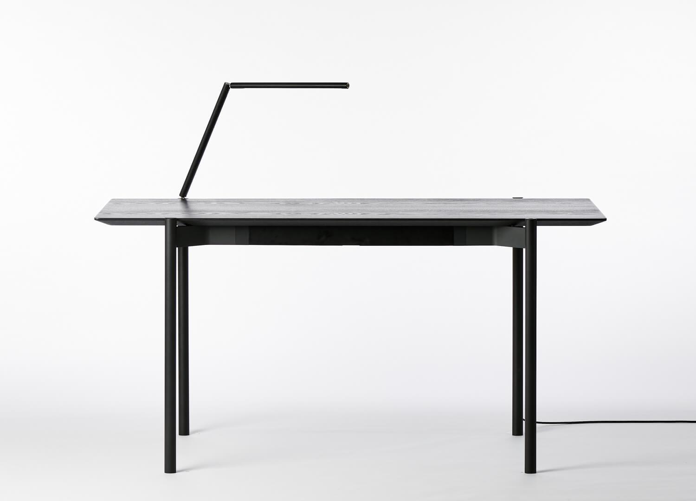 est living king living eto desk 01