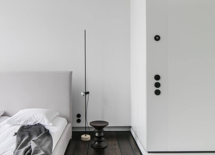 Bedroom | Monochrome House Bedroom by Studio Niels