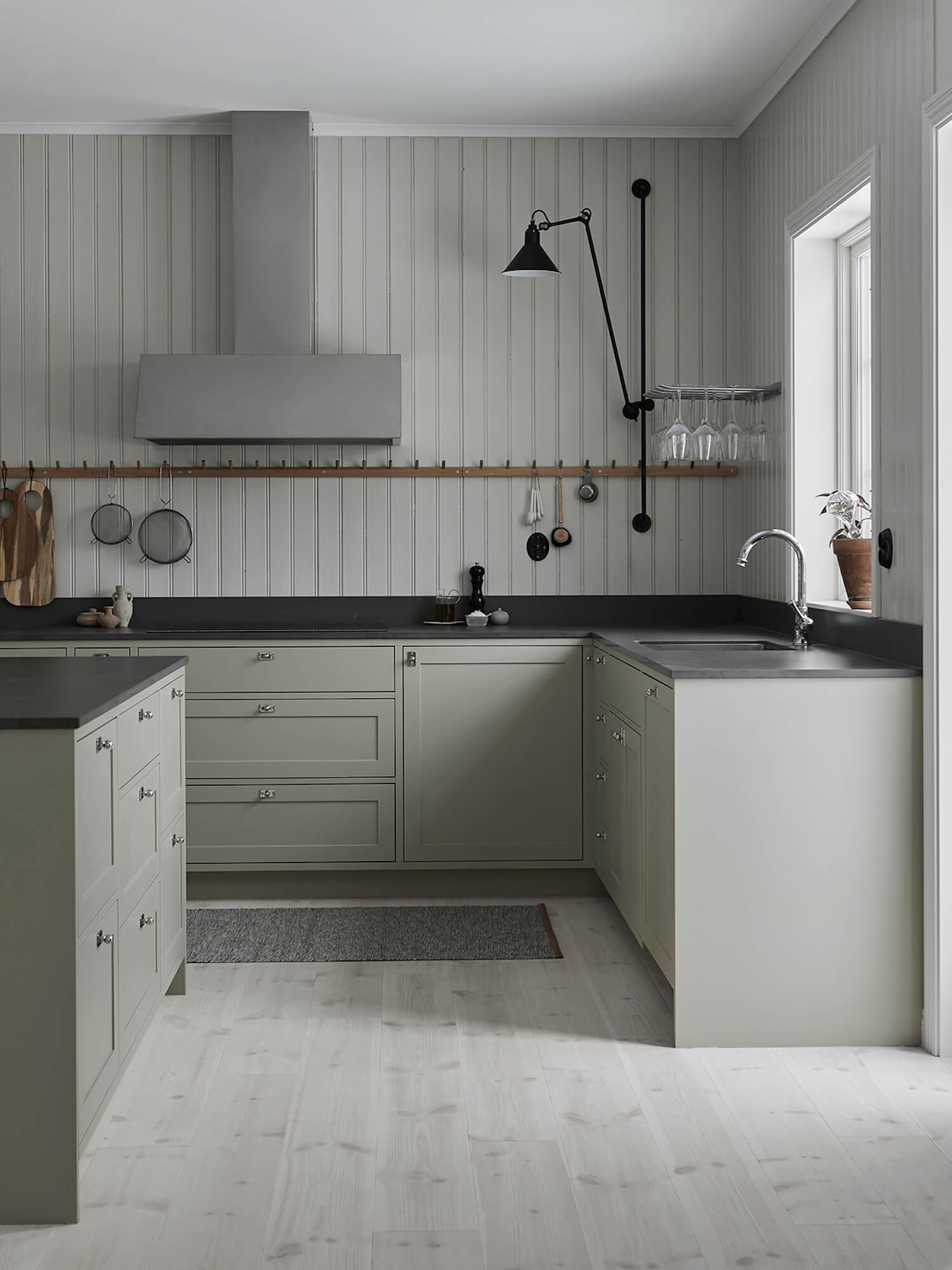 est living nordic style kitchen nordiska kok grey shaker kitchen