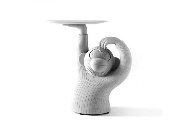 est living Monkey Side Table Barcelona Design 01 750x540