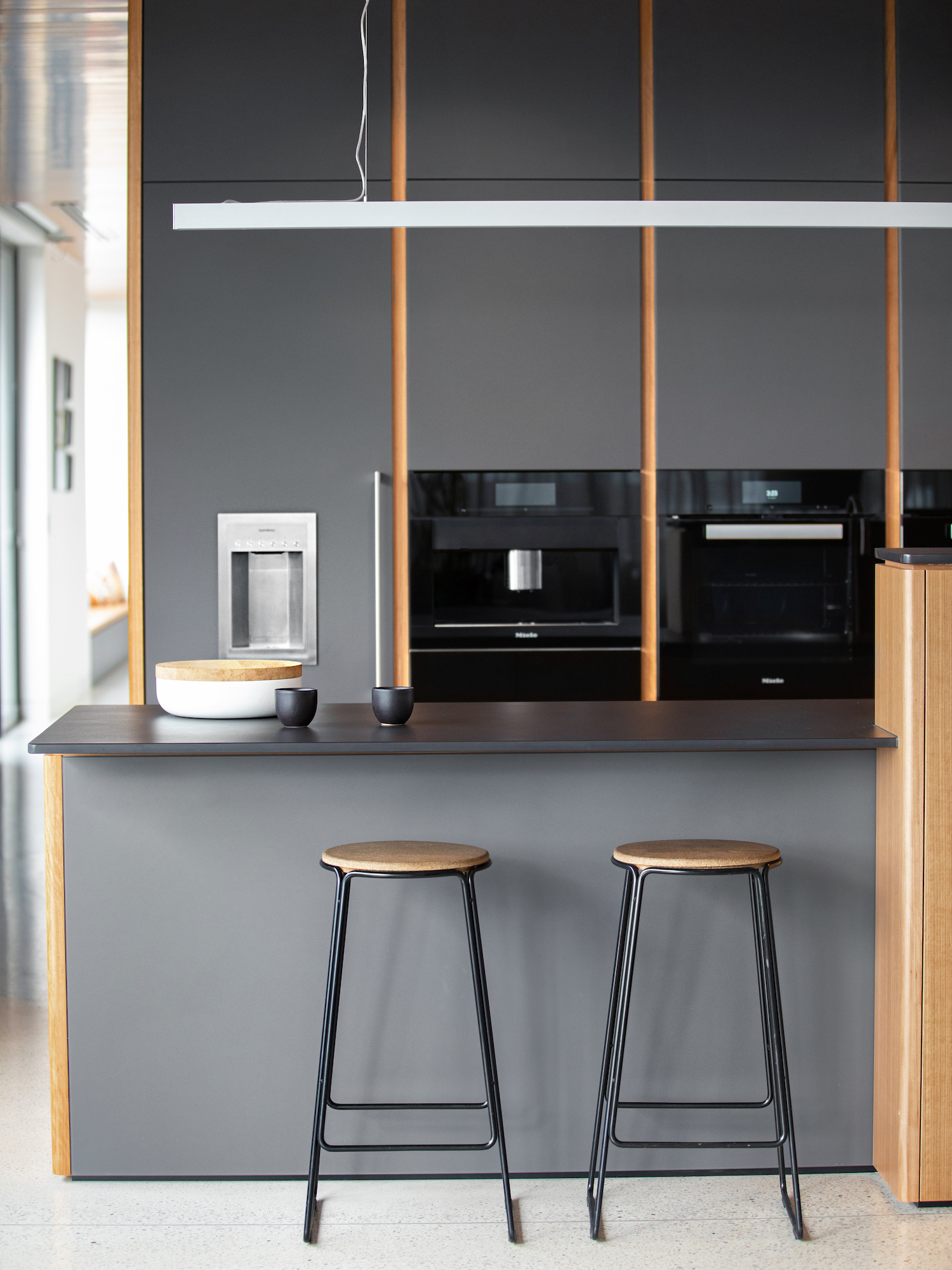 est living australian interiors cantilever kitchen 7