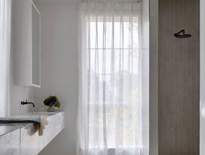 Bathroom 2 | Toorak Home Bathroom by Lauren Tarrant Design