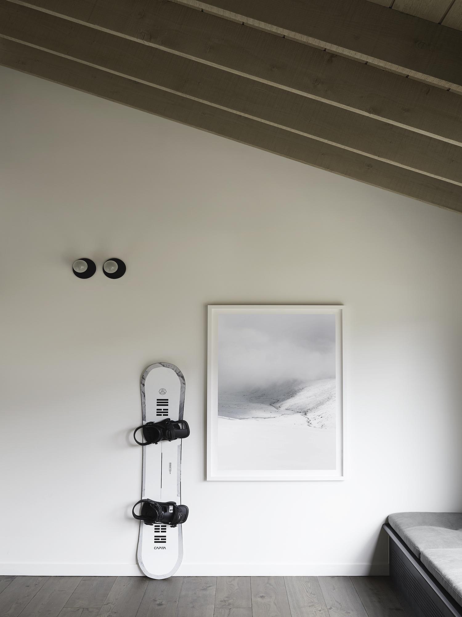est living interiors nicholas gurney cedar cabin 05