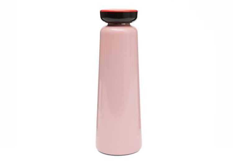 est living pink sowden bottle 01 750x540