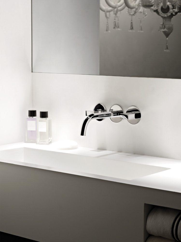 EST Living Rogerseller Bathroom Brands Fantini 01 750x1000