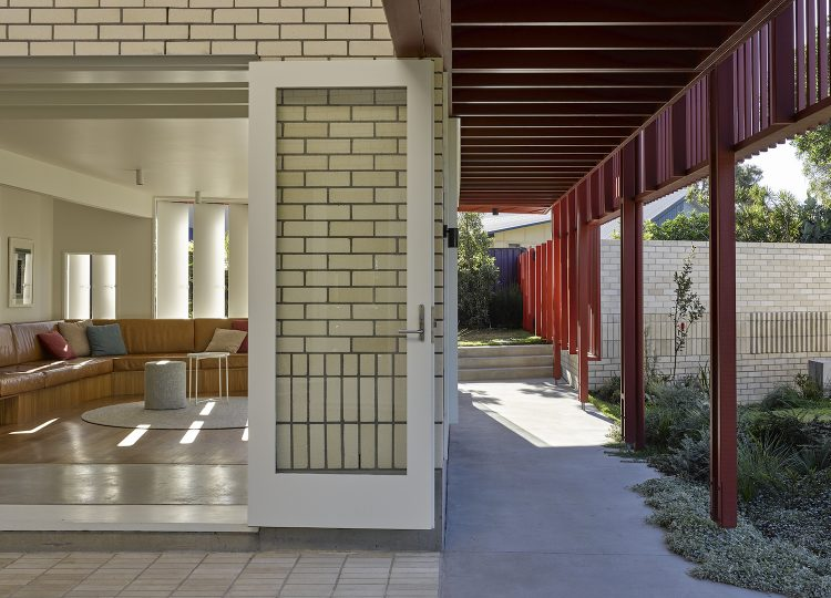 A Progressive Queenslander by Vokes and Peters