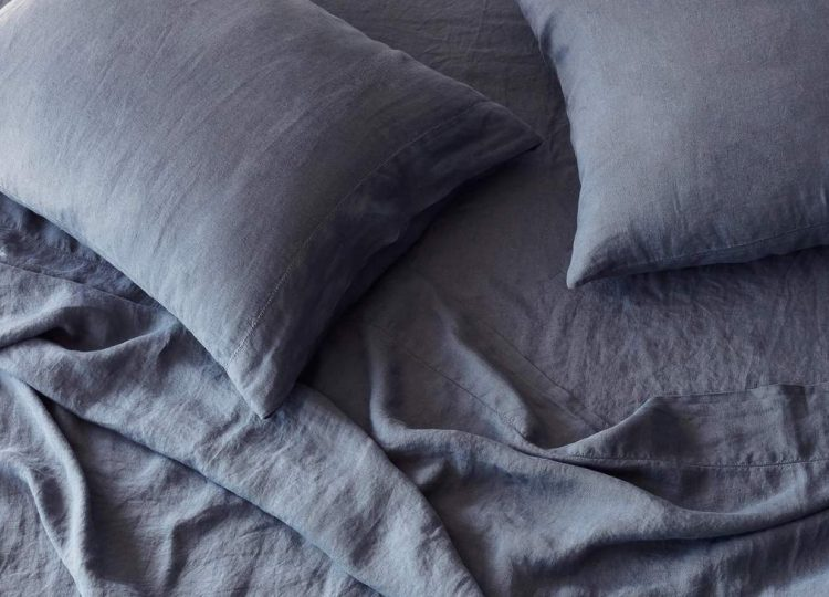 The Citizenry Stonewashed Linen Sheet Set (Slate Blue)