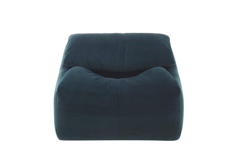 est living domo plumy armchair 02 750x540