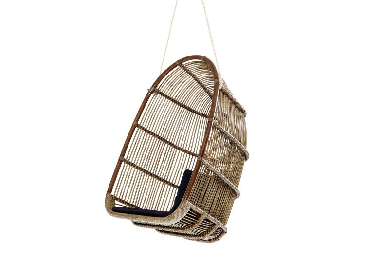 est living domo renoir hanging chair 01 750x540