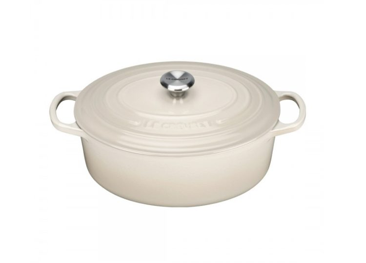 Le Creuset Cast Iron Oval Casserole (Cream)