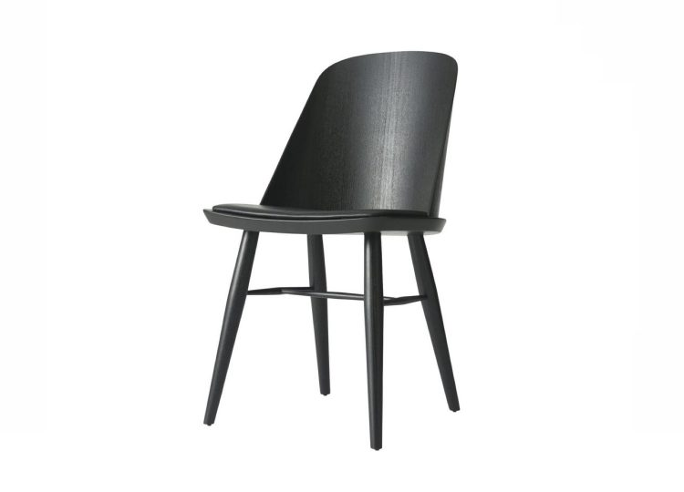 Menu Black Synnes Chair