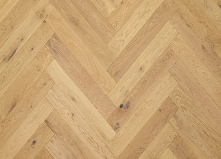est living royal oak floors smoked 750x540