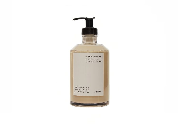 est living frama apothecary body lotion 02 750x540