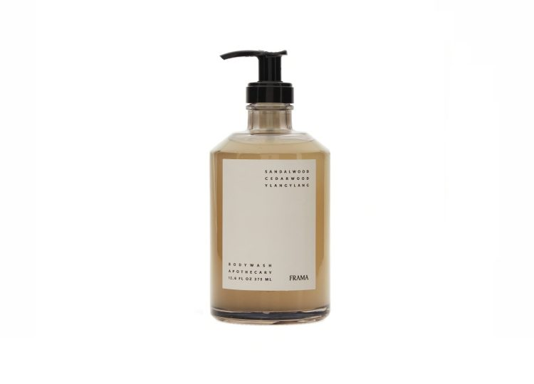 est living frama apothecary body wash 01 750x540