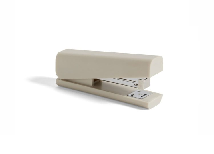 est living hay anything stapler 01 750x540