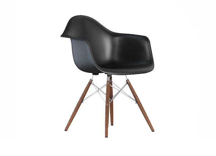 est living herman miller eames molded fiberglass armchair dowel base 02 750x540
