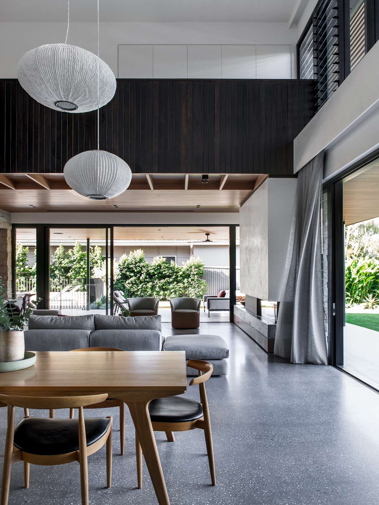 est living kelder architects avonleigh queenslander 12